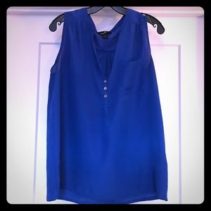 H&M blue sleeveless blouse